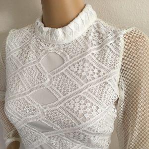 White lace knit dress. Size Medium